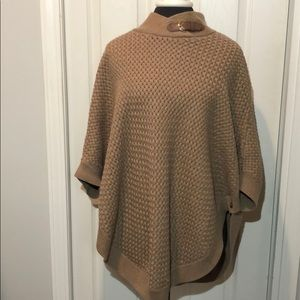 Banana Republic sweater poncho. Small. Perfect!